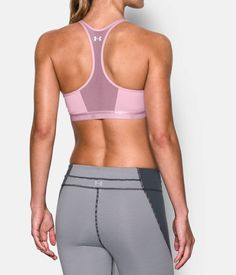 Under Armour Workout Clothing. >> See even more at the photo Yoga Fashion, Fitness Fashion, Fitness Outfits, Workout Attire, Workout Wear, Printed Yoga Pants, Workout Clothing, Fitness Apparel, Fitness Clothing