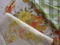 Vintage Full Mixed Sheet Set In Cream, Yellow & Red Florals