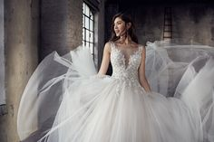 e6a7e2889d3 Οι 403 καλύτερες εικόνες του πίνακα Wedding Dresses - Νυφικά, 2019 ...
