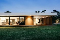 Set on the Mornington Peninsula south of Melbourne, the Blairgowrie Pavilion is the second in a series of houses built on themes of simplicity and efficiency. The entirety of the home is set under a single linear roof, which covers...
