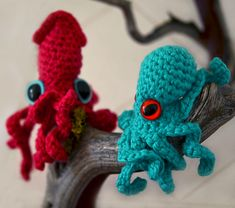 Ravelry: Baby Octopus and Squid pattern by Leah Coccari-Swift