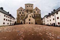 Turun linna linnapihalta kuvattuna. Kuva: Francesco, Flickr CC Fortification, Archipelago, Helsinki, Medieval, Nostalgia, Road Trip, Scenery, Castles, Mansions