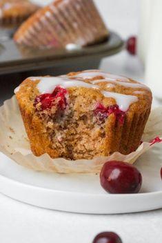 PALEO ORANGE CRANBERRY MUFFINS - Organically Addison Cranberry Orange Muffins, Healthy Thanksgiving Recipes, Paleo, Paleo Food
