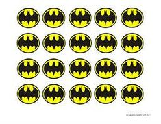 Batman Cupcake Liners (and a free printable) - Batman Party - Ideas of Batman Party - Batman Cupcake Liners (and a free printable) Laura's Crafty Life Lego Batman Party, Lego Batman Birthday, Superhero Birthday Party, Birthday Ideas, Batman Printables, Printable Batman Logo, Free Printable, Batman Cupcakes, Cupcake Toppers Free