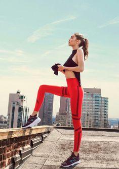 Gigi for Reebok 😍🔥💟💕 Gigi Hadid Outfits, Gigi Hadid Style, Fashion Model Poses, Fashion Models, Sport Fashion, Style Fashion, Fashion Outfits, Womens Fashion, Kendall Jenner
