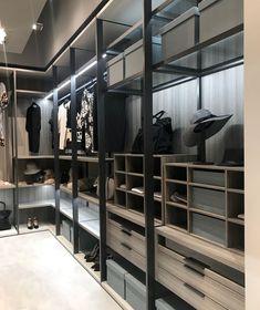 37 Luxury Walk In Closet Design Ideas and Pictures Wardrobe Room, Wardrobe Design Bedroom, Closet Bedroom, Bedroom Decor, Wardrobe Storage, Dressing Room Closet, Dressing Room Design, Walk In Closet Design, Closet Designs