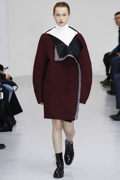 Yang Li Fall 2016 Ready-to-Wear Fashion Show