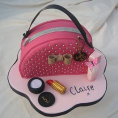 Cake Wrecks - Home - Sunday Sweets: Shoes & Purses