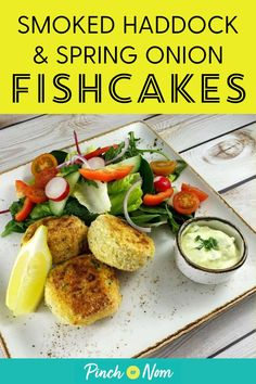 Fishcakes are a favourite of ours and these Smoked Haddock and Spring Onion Fishcakes are perfect if you're counting calories or following a plan like Weight Watchers. #fishcakes #smokedhaddock