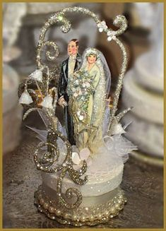 "1920's ""Deco"" Wedding Cake Topper - not saying go with it, but this is cool!"