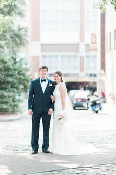 Natural White & Pink Nuptials at Market Hall | Raleigh-Durham, NC