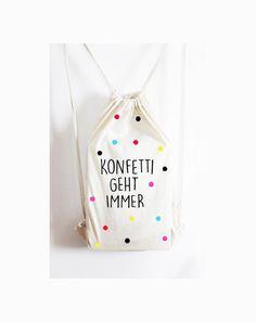 Da passt alles rein, was Frau so braucht :) Witziger Rucksack mit tollem Print zum Schmunzeln. **Individualisierungsoptionen** Farbwünsche nehmen wir gerne entgegen **Verwendete...