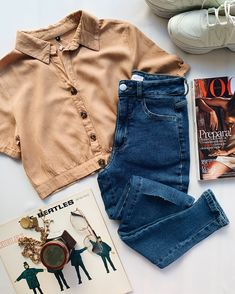 Teen Fashion Outfits, Jean Outfits, Womens Fashion, Cute Casual Outfits, I Got This, Passion For Fashion, Mom Jeans, Toms, Denim Shorts