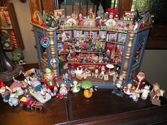 Rare German Miniature Toy Shop- Erzgebirge, Hantel, Christmas
