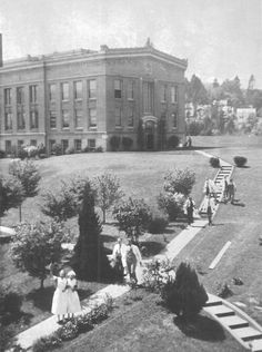 The UO Medical School campus in Portland 1939.  From the 1939 Oregana (University of Oregon yearbook).  www.CampusAttic.com