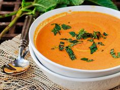 There's nothing better than a warm bowl of soup when you have the flu, so check out these 8 delicious immune system boosting recipes!