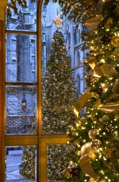 Christmas In Paris ~ #LadyLuxuryDesigns