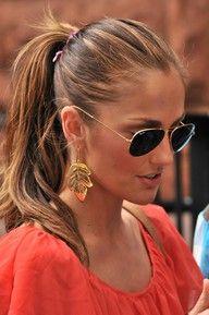 gold jewelry. So JLO. Minka is always pretty amazing though