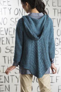 Ravelry: Swingback Hoodie pattern by Amy Gunderson  ❉ ooooh - der ist von vorne genauso schööön!   ♥