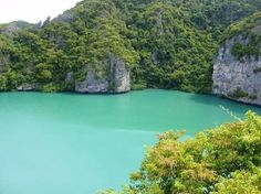 Lookout Point: The Emerald Lake at Angthong Marine Park