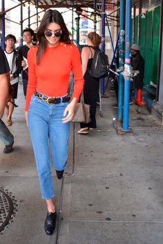 Los mejores looks http://stylelovely.com/galeria/kendall-jenner-mejores-looks/