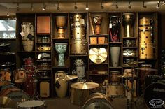 Built in shelving for drums and records Drums Studio, Music Studio Room, Sound Studio, Home Music Rooms, Drum Room, Studio Build, Recording Studio Design, Music Decor, Music Wall