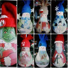 Diy Christmas light bulb ornaments!  These are so cute! Diy Christmas Lights, Christmas Gifts To Make, Christmas Light Bulbs, Little Christmas, All Things Christmas, Holiday Crafts, Holiday Ideas, Christmas Ideas, Christmas Decorations