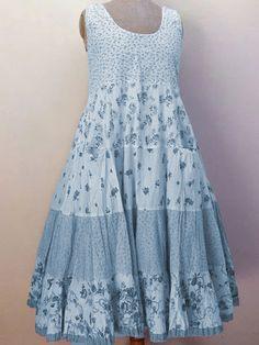 Simple Dresses, Casual Dresses, Fashion Dresses, Girls Dresses, Fairy Dress, Panel Dress, Mode Outfits, Look Fashion, Gothic Fashion