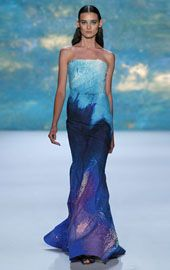 CeciStyle v148: SEA CHANGE: Channel a modern mermaid in Monique Lhuillier's stunning strapless trumpet gown (moniquelhuillier.com). Love this look! I just bought this dress z,