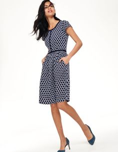 Boden Clementine Jacquard Dress (defense dress!). Yes, I am bribing myself to finish these revisions.