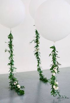 """Beautiful 36"""" round party balloons with a silk flower vine about 5 feet long with natural string. Comes with white flowers as shown. A perfect addition to your party decor!"""