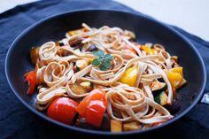 Fullkornspasta med stekte grønnsaker - vegetar