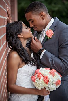 Sweet Pose and Beautiful Flowers Real Weddings {South Carolina}: Brittany & Michael! - Blackbride.com