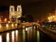Seine River Cruise; Can't wait to see such a beautiful sight. ^^