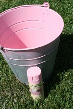 I love how vivid and clean this pink sprayed onto this bucket...... Gave me some ideas for outdoor/porch/patio storage