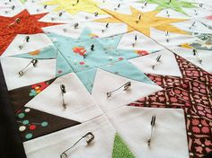 By Fresh Lemons : Faith. Man, her basting is better and more thorough than mine. Quilting Tips, Quilting Tutorials, Quilting Projects, Quilting Designs, Sewing Projects, Star Quilt Blocks, Star Quilts, Rag Quilt, Quilt Art