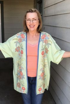 Recycled Mens Shirt, Kimono Tutorial, Kimono Shirt, Kimono Pattern, Shirt Refashion, Bias Tape, How To Slim Down, Kimono Fashion, Casual Outfits