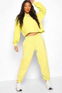 athleisure, work from home, lounge wear, comfort wear, active wear, functional clothing, casual clothing, workout clothes, tights, yoga pants, joggers, track suits, practical clothing, fashion trends, wfh, work from home fashion, zara, uniqlo, asos, coronavirus, covid, pandemic, 2020, social distancing, new normal, lockdown trends, stay home, lockdown alphabet, bright spots, silver lining, positivity Lounge Wear, Lounge Pants, Fashion Face Mask, Drop Crotch, Athleisure, Fashion Forward, Joggers, Casual Outfits, Women Wear