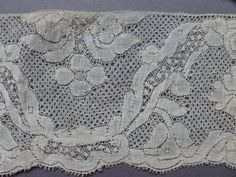 Valenciennes border with cinq trou ground Bobbin Lacemaking, Linens And Lace, Doilies, 18th Century, Paris, Quilts, Antiques, Projects, Pictures