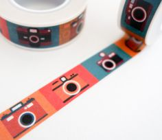 Colorful retro camera washi tape, great for travel journals and scrapbooking. Use for gift wrap, decorating cards, photo frames and more! Add a little dash of cuteness to any crafting project! Washi t