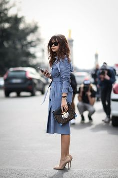 84 Outfit Ideas For Style Extroverts #refinery29 http://www.refinery29.com/2015/03/83675/paris-fashion-week-2015-street-style#slide-43 Let your trench coat take center stage with nude accessories and an Anna Karina 'do.