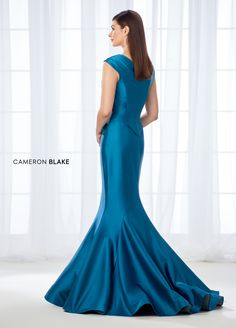 Cameron Blake by Mon Cheri is a classic, refined collection of mother of the bride dress sets, special occasion gowns & ladies dress suits. Mermaid Skirt, Mermaid Gown, Church Dresses, Evening Dresses, Prom Dresses 2017, Formal Dresses, Formal Wear, Box Pleat Skirt, Box Pleats
