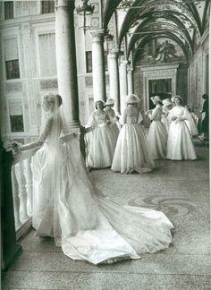#GraceKelly and #PrinceRainier III Wedding.