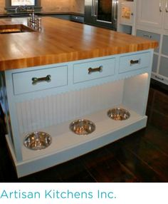 The ceiling +Dogs can dine in style with built-in dog bowls at the base of a kitchen island designed by Artisan Kitchens Inc. in Osterville, Mass. Drawers with dog bone cutouts conceal pet food and treats. Dog Rooms, House Rooms, Dog Spaces, Küchen Design, Decor And Design, My Dream Home, Home Projects, Future House, Home Kitchens
