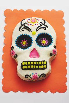 Day of the Dead Skull Cake How-To | CAKEGIRLS