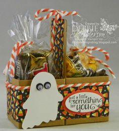 Dulceros Halloween, Halloween Paper Crafts, Candy Crafts, Halloween Goodies, Holidays Halloween, Holiday Crafts, Halloween Decorations, Halloween Makeup, Halloween Costumes