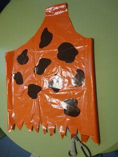 Disfraz prehistórico, hecho en casa