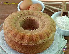 CIAMBELLA DI FARINA DI CASTAGNE ,una deliziosa ciambella morbida profumata da gustare a colazione o dopo pranzo ........Con la farina di castagne ....