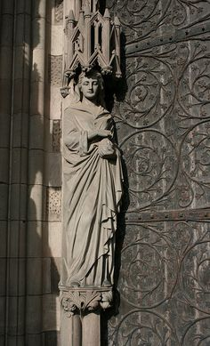 Saint Mary Magdalene - Lichfield Cathedral, west door