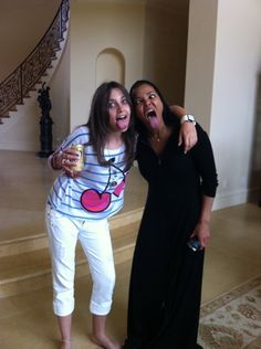 Paris Jackson and Janet Jackson making funny faces.